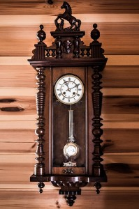 old clock tells time